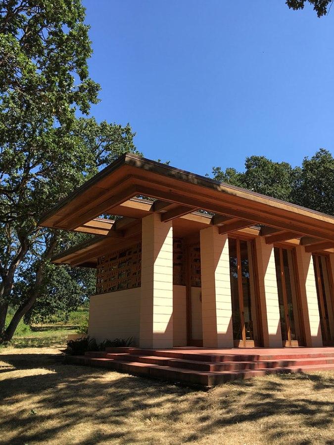 Oregon-Garden-Frank-Lloyd-Wright-House